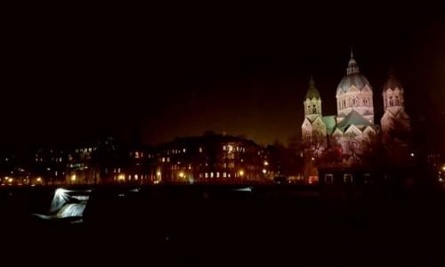 Zdjęcie NIEMCY / Bawaria / Monachium / Nocą w Monachium