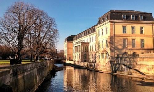 NIEMCY / Dolna Saksonia / Hanower / Pałac nad Leine