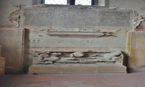 Zdjecie NIEMCY / Nadrenia-Palatynat / Bad Dürkheim / Bad Dürkheim, kościół ewangelicki, nagrobek rycerzy