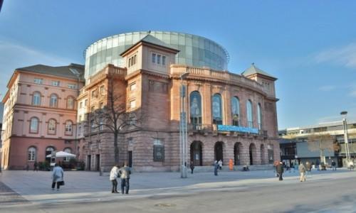 NIEMCY / Nadrenia-Palatynat / Moguncja / Moguncja, zakamarki, teatr