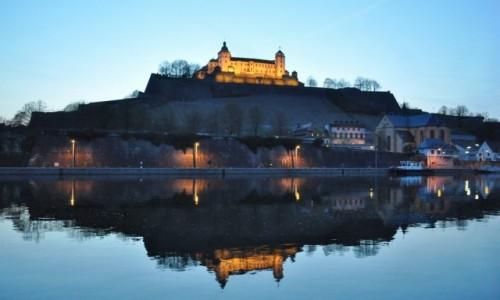 Zdjęcie NIEMCY / Frankonia / Wurzburg / Wurzburg, nocny widok na zamek