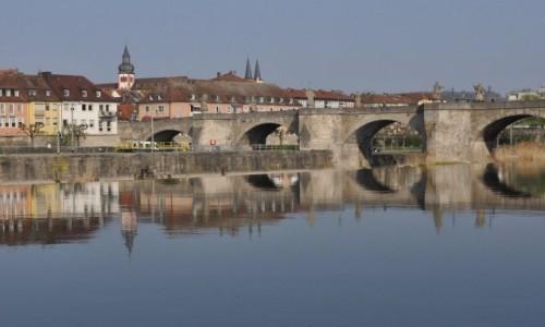 Zdjęcie NIEMCY / Frankonia / Wurzburg / Wuerzburg, spacer nad Menem