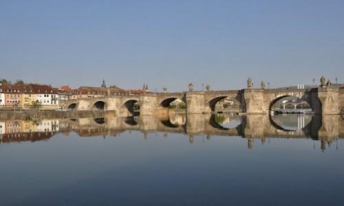 Zdjęcie NIEMCY / Frankonia / Wurzburg / Wurzburg, Stary most na Menie
