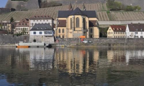 Zdjęcie NIEMCY / Frankonia / Wurzburg / Wurzburg, spacer nad Menem