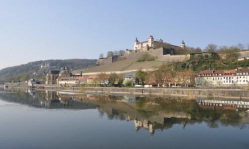 NIEMCY / Frankonia / Wurzburg / Wurzburg, nad Menem