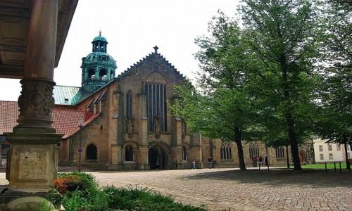 NIEMCY / Dolna Saksonia / Hildesheim / Katedra Mariacka