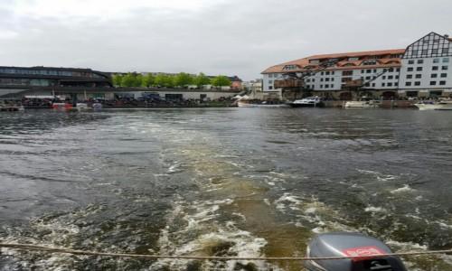 Zdjecie NIEMCY / Niemcy / Berlin / Odlot pływadełkiem po marinie