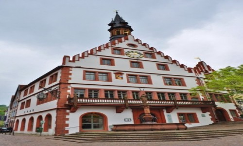 Zdjęcie NIEMCY / Badenia-Wirtembergia / Weinheim / Weinheim, ratusz