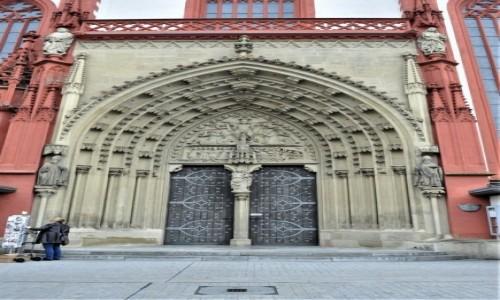 Zdjęcie NIEMCY / Frankonia / Wurzburg / Wurzburg, kościół Mariacki