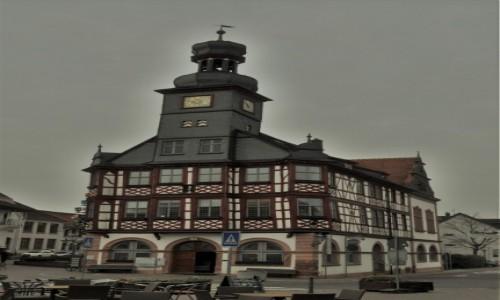 Zdjęcie NIEMCY / Hesja / Lorsch / Lorsch,ratusz