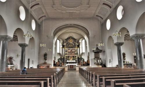 Zdjęcie NIEMCY / Hesja / Lorsch / Lorsch, kościół katolicki z XVII w.