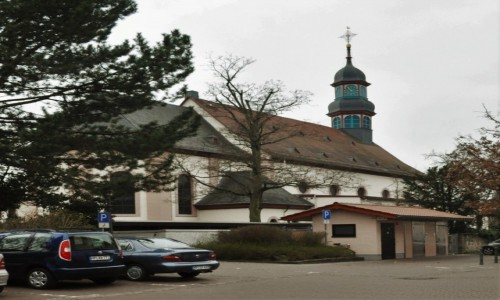 Zdjęcie NIEMCY / Hesja / Lorsch / Lorsch, kościół katolicki z XVII w.- koniec galerii