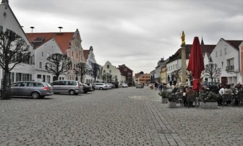 Zdjęcie NIEMCY / Niederbayern / Kelheim / Kelheim, stary rynek