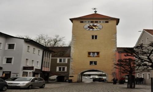 Zdjęcie NIEMCY / Niederbayern / Kelheim / Kelheim, brama z XIV w.