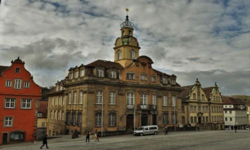 Zdjęcie NIEMCY / Badenia-Wirtembergia / Schwabisch Hall / Kelheim, stare miasto, ratusz