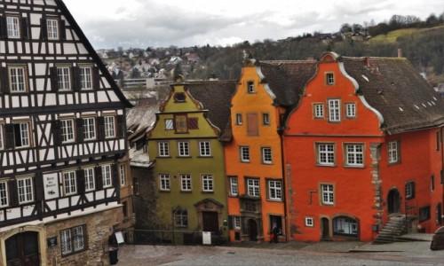 Zdjęcie NIEMCY / Badenia-Wirtembergia / Schwabisch Hall / Schwabisch Hall, rynek, domy