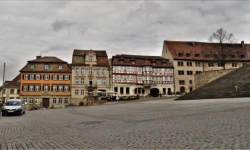 Zdjęcie NIEMCY / Badenia-Wirtembergia / Schwabisch Hall / Schwabisch Hall, stary rynek, koniec