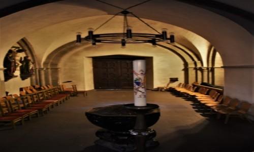NIEMCY / Nordrhein-Westfalen / Ratingen / Ratingen, kościół św. Piotra i Pawła