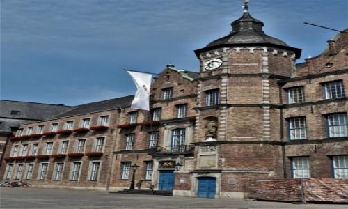 Zdjecie NIEMCY / Nordrhein-Westfalen / Disseldorf / Diseldorf, stary ratusz