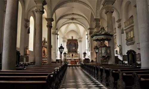 Zdjęcie NIEMCY / Nadrenia Północna-Westfalia  / Disseldorf / Disseldorf. kościół św. Mikołaja