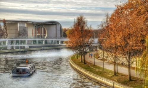 Zdjęcie NIEMCY / - / Berlin / Jeszcze jesiennie