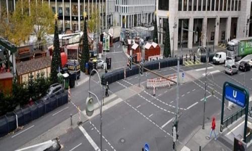 Zdjecie NIEMCY / Brandenburgia / Berlin / Przygotowania ulicy do swiąt