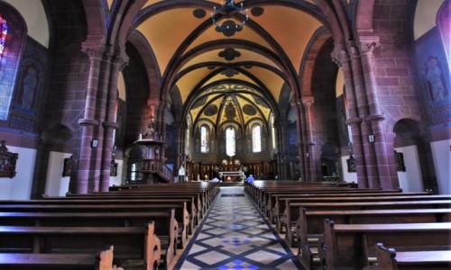 Zdjecie NIEMCY / Dolny Ren / Niederbronn-les-Bains / Niederbronn-les-Bains, kościół katolicki