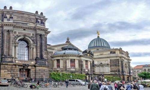 Zdjecie NIEMCY / Saksonia / Drezno / Gmach ASP ze Starego Rynku