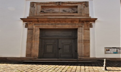 Zdjecie NIEMCY / Rein Pfalz / Freinsheim / Freinsheim, kościół katolicki