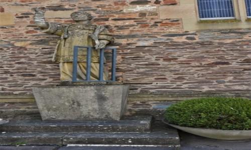 Zdjecie NIEMCY / Nadrenia Pallatynat / Saarburg / Saarburg, kościół św. Wawrzyńca