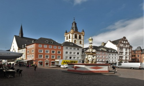 Zdjęcie NIEMCY / Nadrenia-Palatynat / Trewir / Trewir, stary rynek