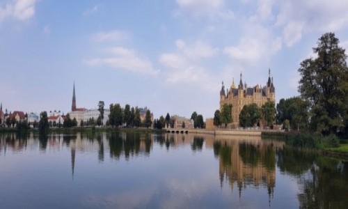 Zdjecie NIEMCY / Północne Niemcy / Miasto Schwerin / Schwerin panorama
