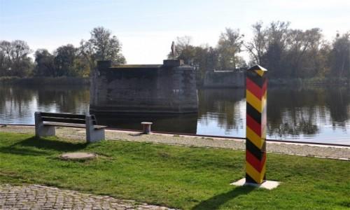 Zdjecie NIEMCY / Brandenburgia / Gartz (Oder) / Był sobie most...
