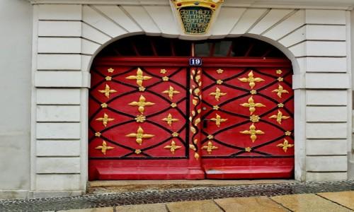 Zdjecie NIEMCY / Saksonia / Goerlitz / Ozdobna brama z 1727 roku