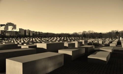 Zdjecie NIEMCY / Stolica / Berlin / Pomnik