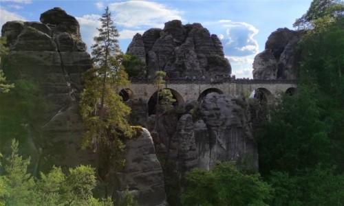 Zdjecie NIEMCY / Saksonia / Bastei / Most między skałami