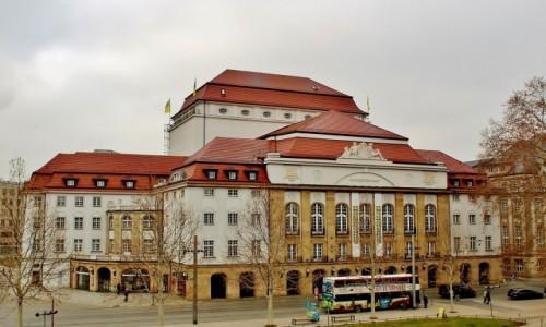NIEMCY / Saksonia / Drezno / Budynek teatru z 1913 roku