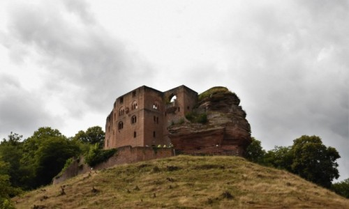 NIEMCY / Nadrenia Pallatynat / Frankenstein / Frankenstein, zamek