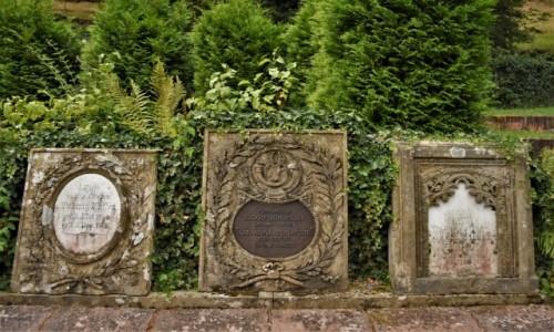 Zdjecie NIEMCY / Nadrenia Pallatynat / Frankenstein / Frankenstein, cmentarz, ciekawy nagrobek