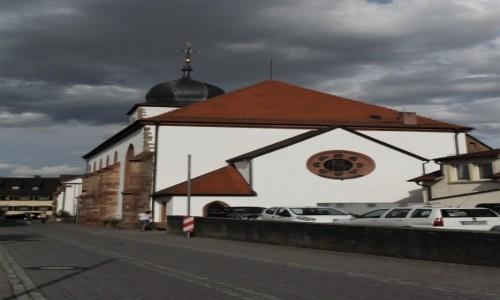 Zdjęcie NIEMCY / Nadrenia Pallatynat / Wachenheim / Wachenheim, kościół ewangelicki