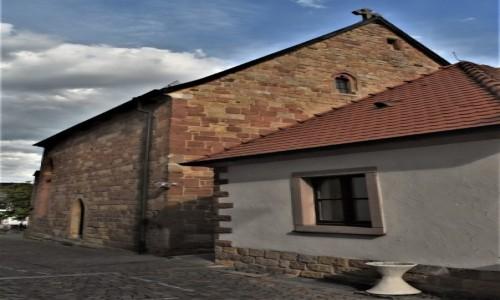 Zdjecie NIEMCY / Nadrenia Pallatynat / Wachenheim / Wachenheim, kościół gotycki obecnie pałac ślubów
