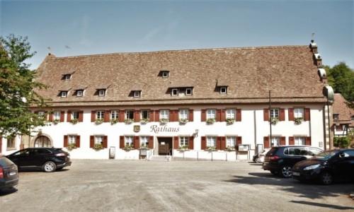Zdjecie NIEMCY / Badenia Witenbergia / Maulbronn / Maulbronn, plac klasztorny