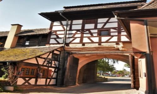 NIEMCY / Badenia Witenbergia / Maulbronn / Maulbronn, brama klasztoru