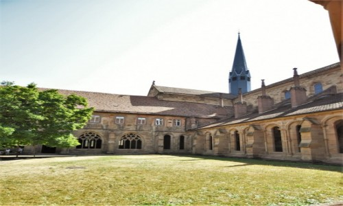 Zdjecie NIEMCY / Badenia Witenbergia / Maulbronn / Maulbronn, klasztor, wirydarz