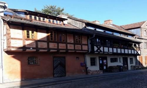 Zdjęcie NIEMCY /  Brandenburgia  / Cottbus / Takie domy jeszcze istnieją.