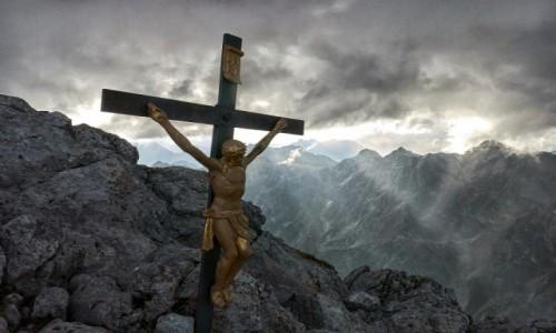 Zdjecie NIEMCY / Alpy / Hocheck / Krzyż