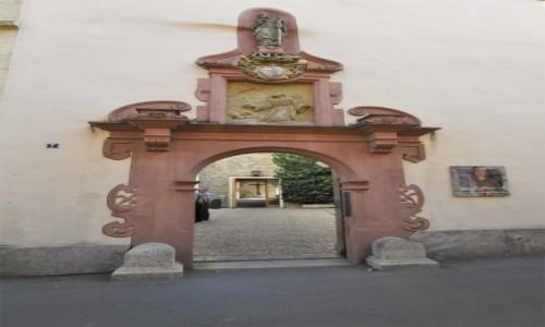 Zdjecie NIEMCY / Frankonia / Wurzburg / Wurzburg, kościół franciszkanów, portal
