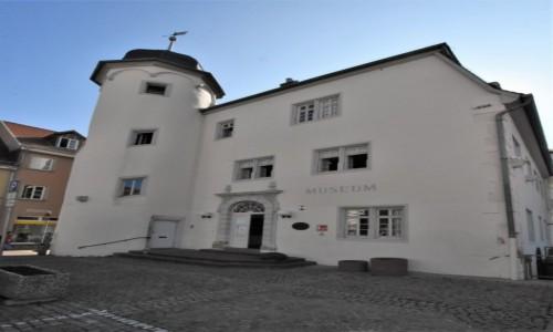 NIEMCY / Nadrenia Pallatynat / Alzey / Alzey, dawny szpital, obecnie muzeum.