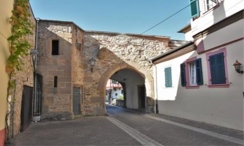 Zdjęcie NIEMCY / Nadrenia Pallatynat / Alzey / Alzey, mury miejskie
