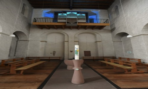 Zdjęcie NIEMCY / Nadrenia Pallatynat / Johannisberg / Johannisberg, kościół romański